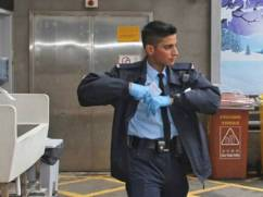 pakistani-policeman-turned-to-hong-kong-hero-1489568382-4863