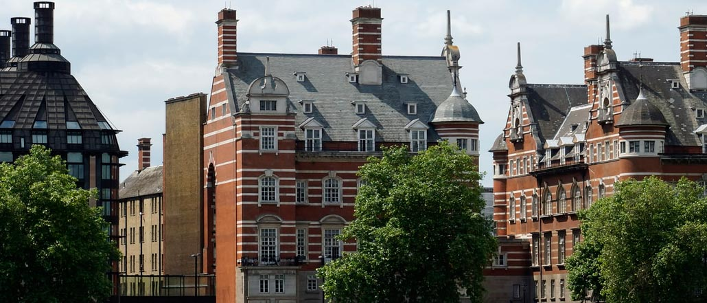 norman-shaw-building-south